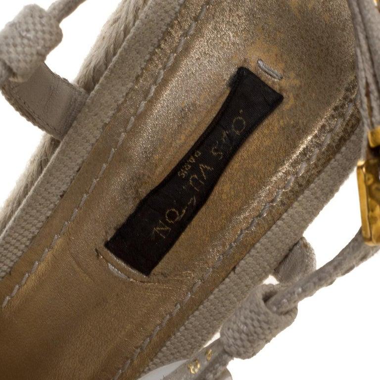 Louis Vuitton Beige Canvas Medallion Leather Detail Espadrille Wedge Size 37 For Sale 2