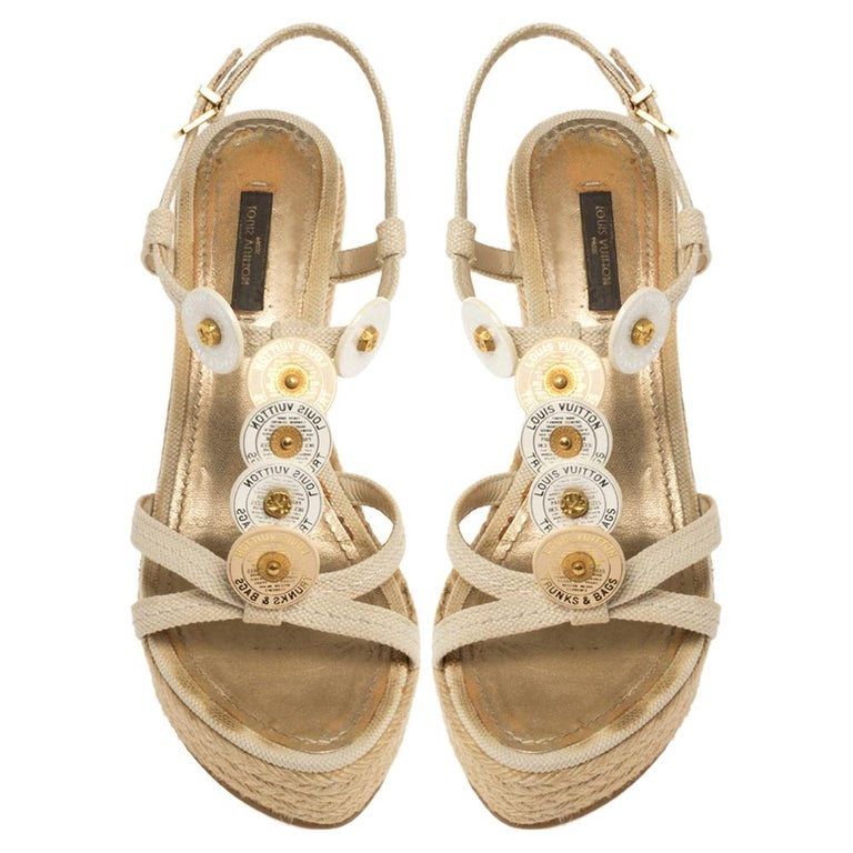 Women's Louis Vuitton Beige Medallion Leather Espadrille Wedge Platform Sandals Size 38 For Sale