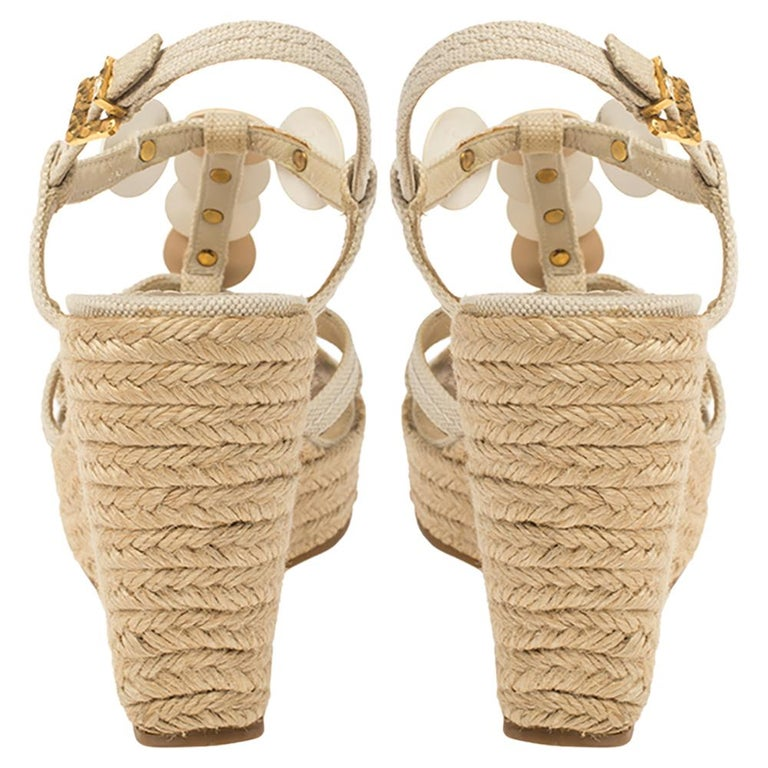 Louis Vuitton Beige Medallion Leather Espadrille Wedge Platform Sandals Size 38 For Sale 2