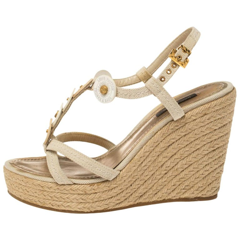Louis Vuitton Beige Medallion Leather Espadrille Wedge Platform Sandals Size 38 For Sale