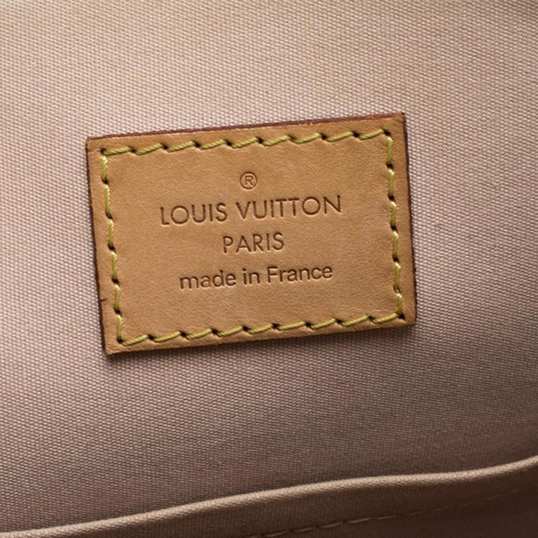 Louis Vuitton Beige Monogram Vernis Alma PM Bag For Sale 2