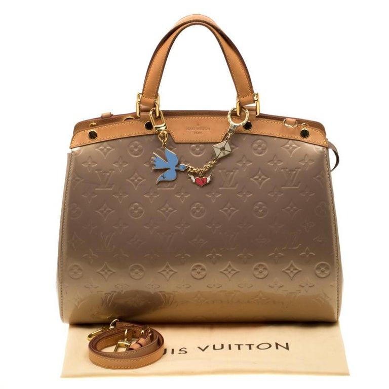 Louis Vuitton Beige Poudre Monogram Vernis Brea GM Bag For Sale 8