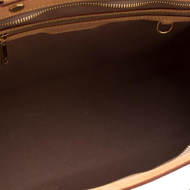 Louis Vuitton Beige Poudre Monogram Vernis Brea GM Bag For Sale 4