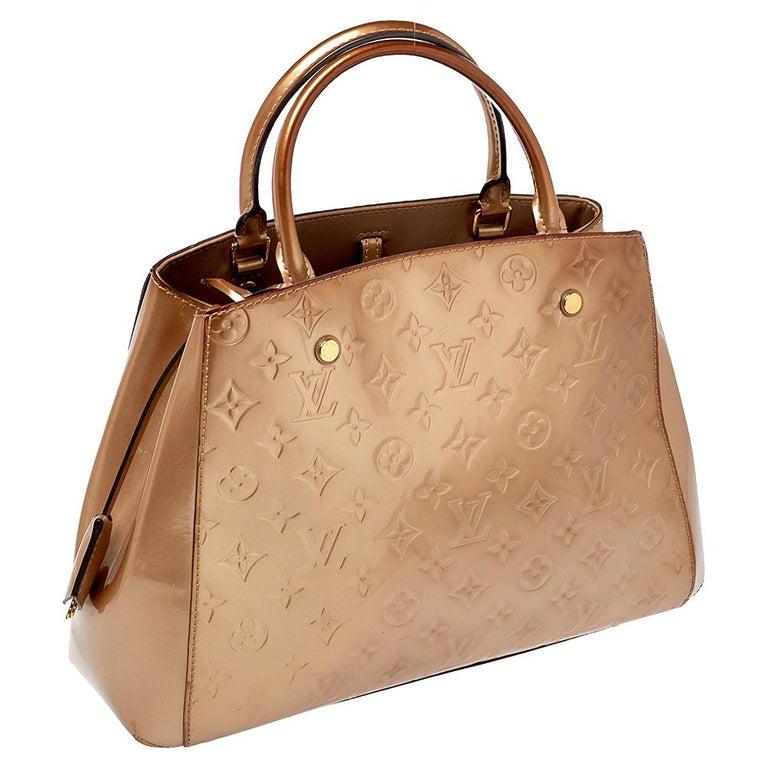 Louis Vuitton Beige Poudre Monogram Vernis Montaigne MM Bag In Good Condition In Dubai, Al Qouz 2