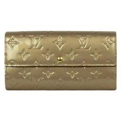 Louis Vuitton Beige Poudre Monogram Vernis Sarah Wallet