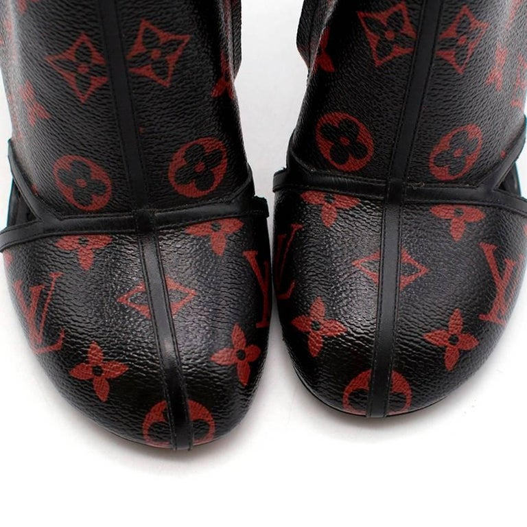 772a0365c953 Louis Vuitton Black and Red Monogram Logomania Boots For Sale at 1stdibs