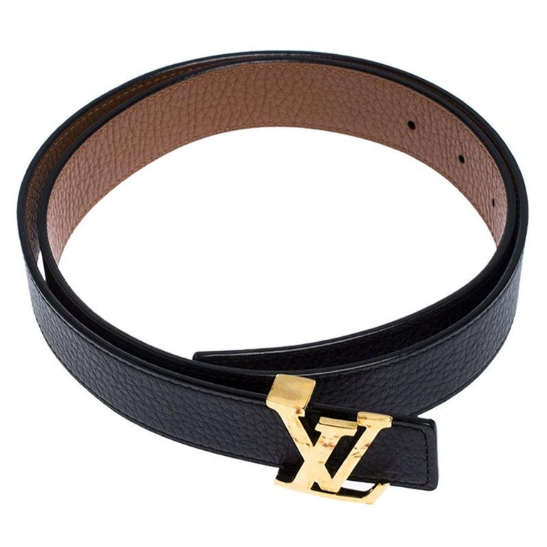 Louis Vuitton Black/Brown Leather Reversible Initiales Belt In Good Condition For Sale In Dubai, Al Qouz 2