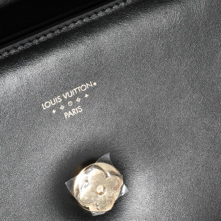 Louis Vuitton Black Calfskin LV Pont 9 For Sale 1