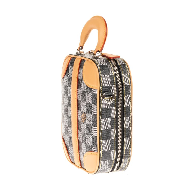 Louis Vuitton Black checkered canvas vertical shoulder bag and natural calfskin For Sale 1