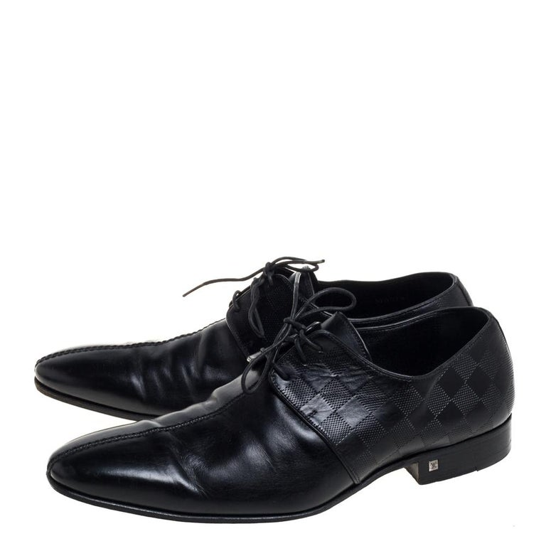Louis Vuitton Black Damier Embossed Leather Lace Up Oxfords Size 42 For Sale 3