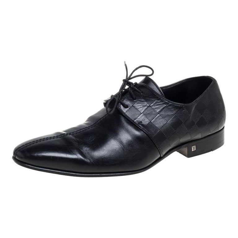 Louis Vuitton Black Damier Embossed Leather Lace Up Oxfords Size 42 For Sale
