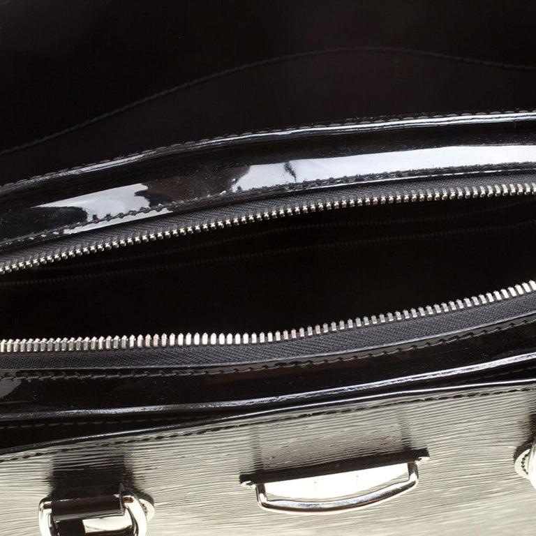 Louis Vuitton Black Electric Epi Leather Pont Neuf GM Bag For Sale 5