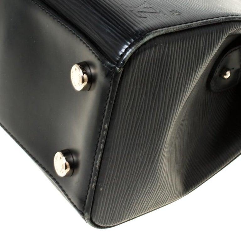 Louis Vuitton Black Epi Leather Brea MM Bag For Sale 6