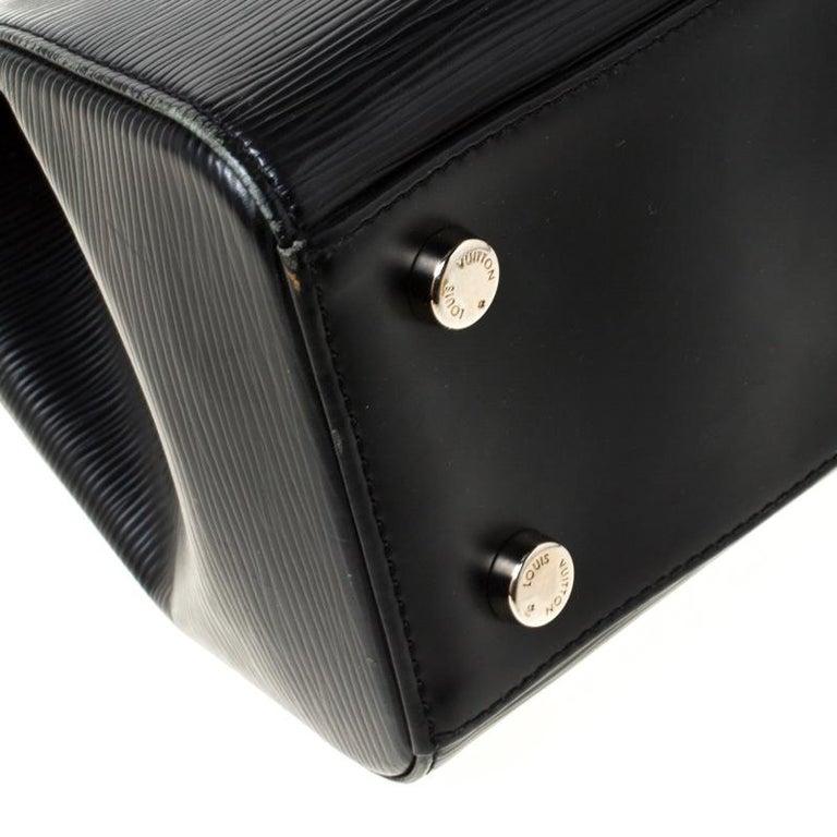 Louis Vuitton Black Epi Leather Brea MM Bag For Sale 7