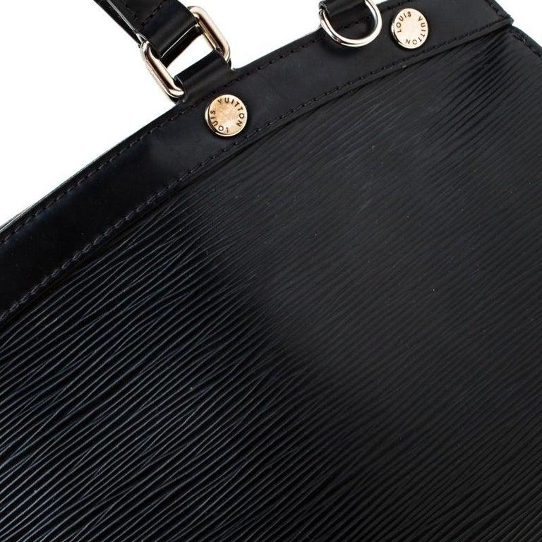 Louis Vuitton Black Epi Leather Brea MM Bag For Sale 4