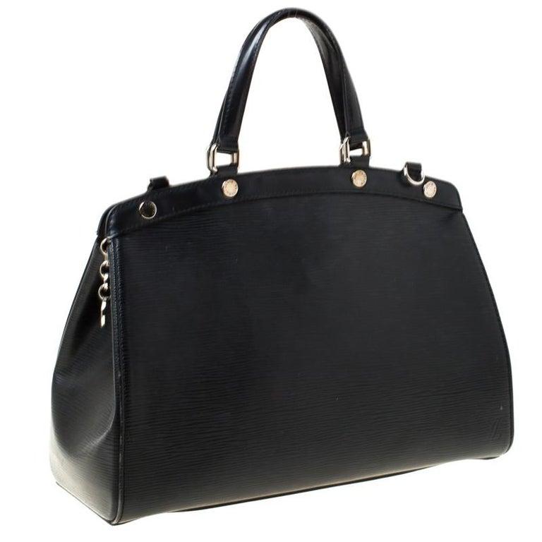 Louis Vuitton Black Epi Leather Brea MM Bag For Sale 5