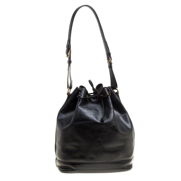 6b879aa7a616 Louis Vuitton Black Epi Leather Noe NM Bag For Sale at 1stdibs
