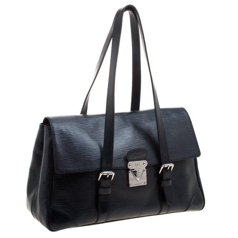 Women's Louis Vuitton Black Epi Leather Segur MM Bag For Sale