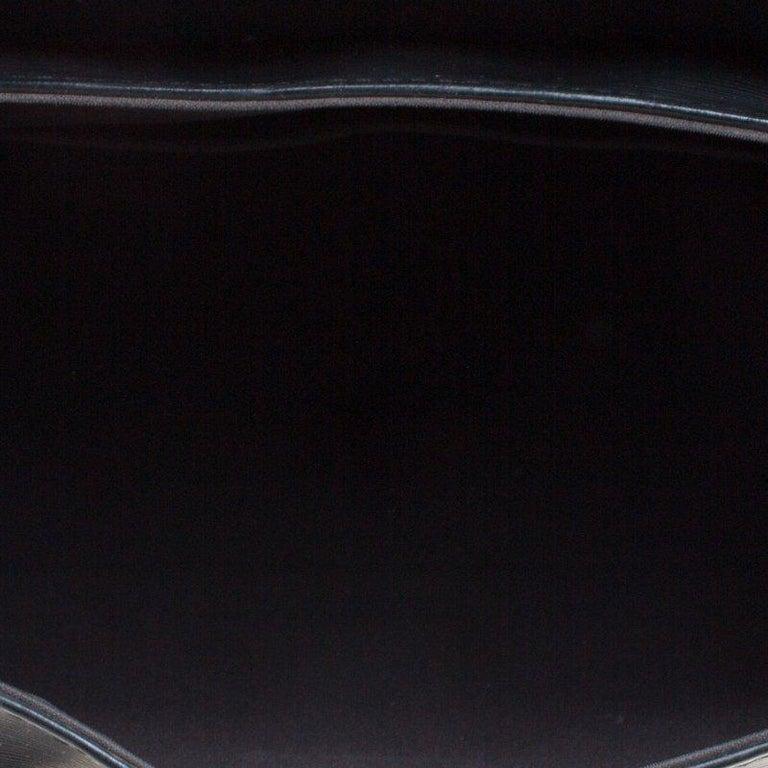 Louis Vuitton Black Epi Leather Segur MM Bag For Sale 3