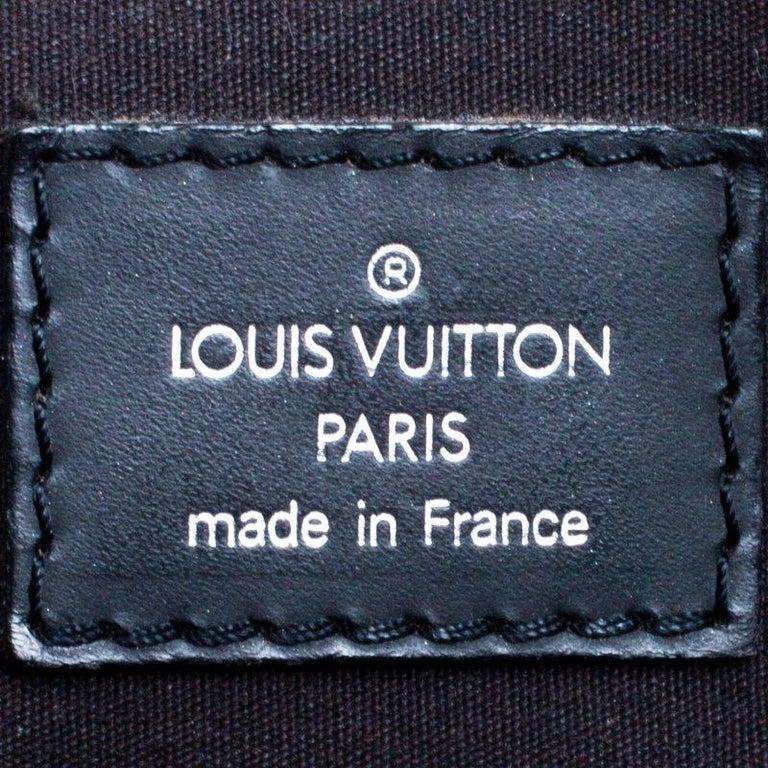 Louis Vuitton Black Epi Leather Segur MM Bag For Sale 5