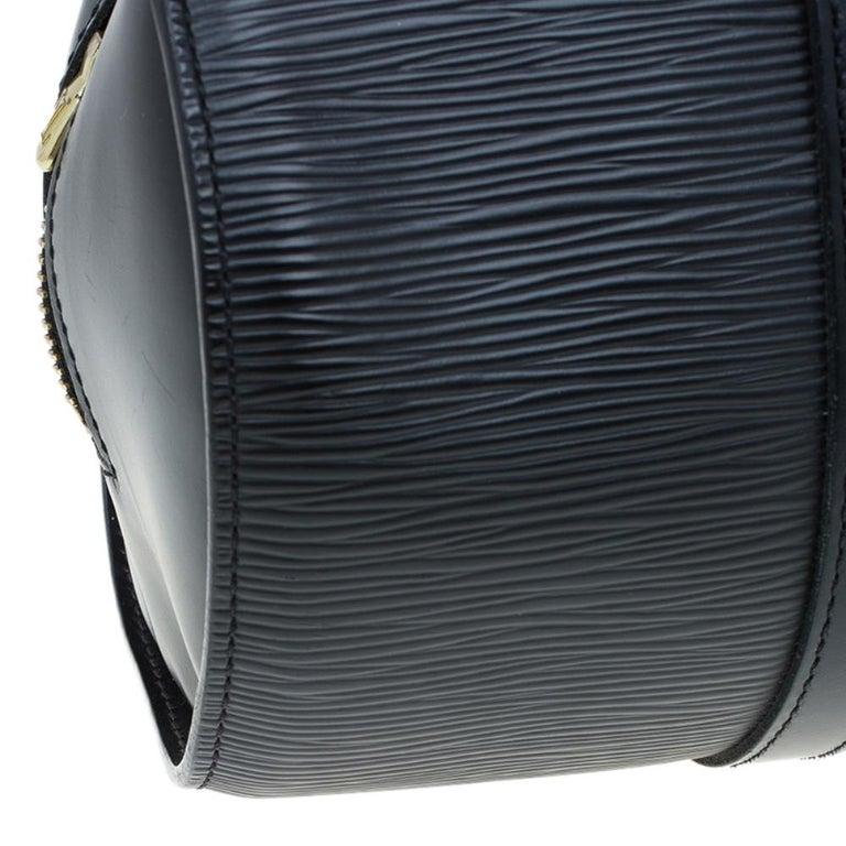 Louis Vuitton Black Epi Leather Soufflot Bag For Sale 6
