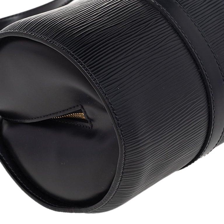 Louis Vuitton Black Epi Leather Soufflot Bag For Sale 2