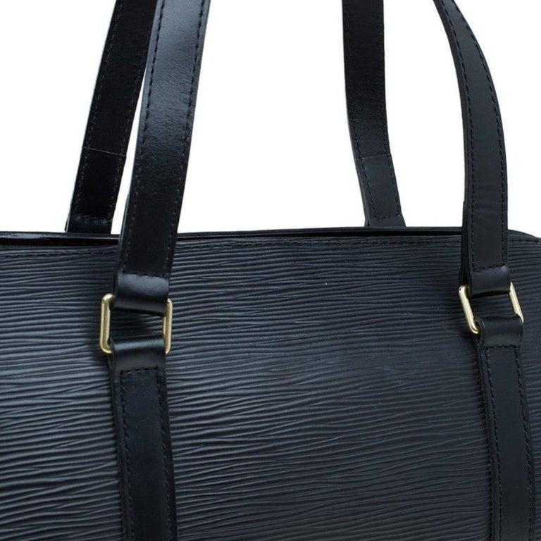 Louis Vuitton Black Epi Leather Soufflot Bag For Sale 4
