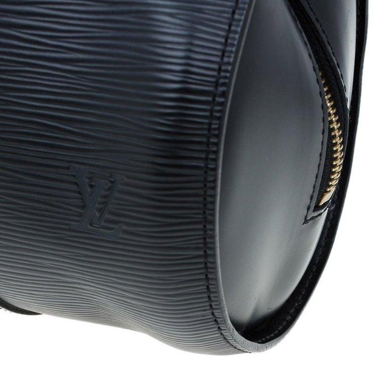 Louis Vuitton Black Epi Leather Soufflot Bag For Sale 5