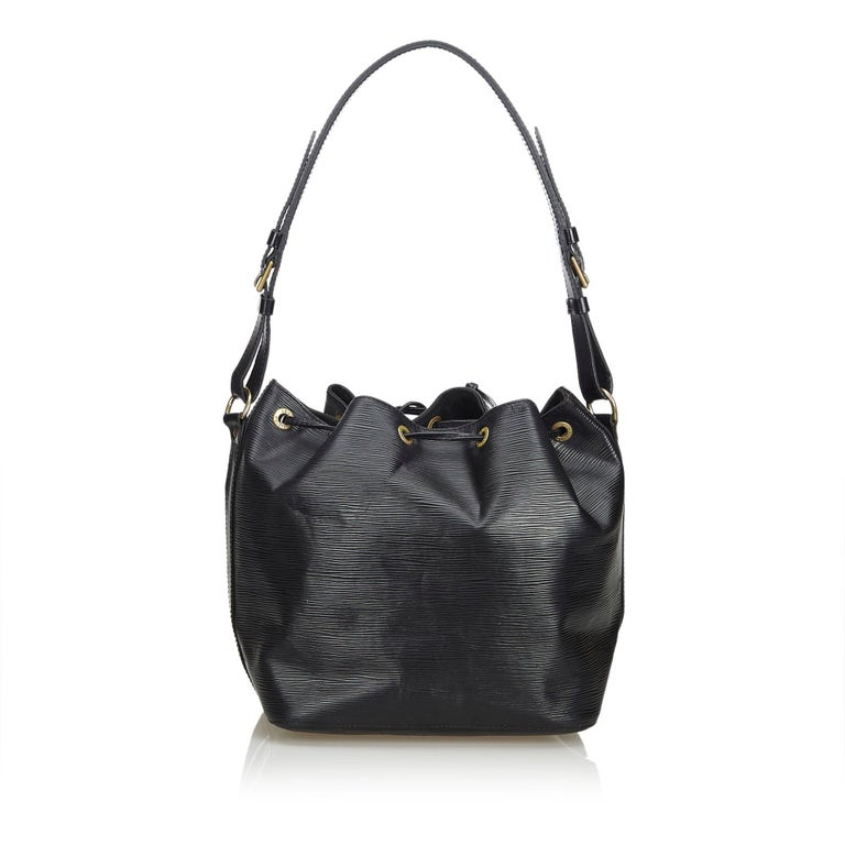 Louis Vuitton Black Epi Petit Noe In Good Condition For Sale In Orlando, FL