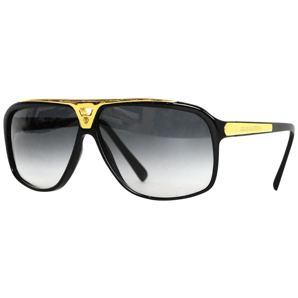 f69d7477f1 Vintage Sunglasses For Sale in New York - 1stdibs