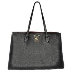 Louis Vuitton Black Grained Calfskin Lockme Shopper Tote