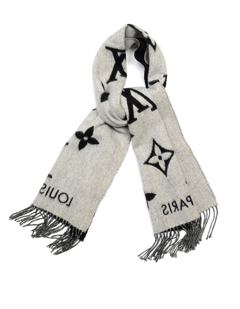 Louis Vuitton Black & Grey Cashmere Reykjavik Monogram Scarf For Sale 2