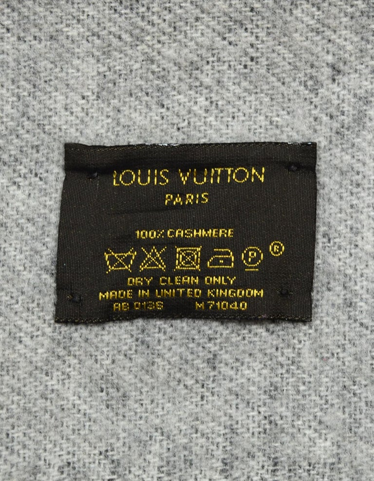 Louis Vuitton Black & Grey Cashmere Reykjavik Monogram Scarf For Sale 4
