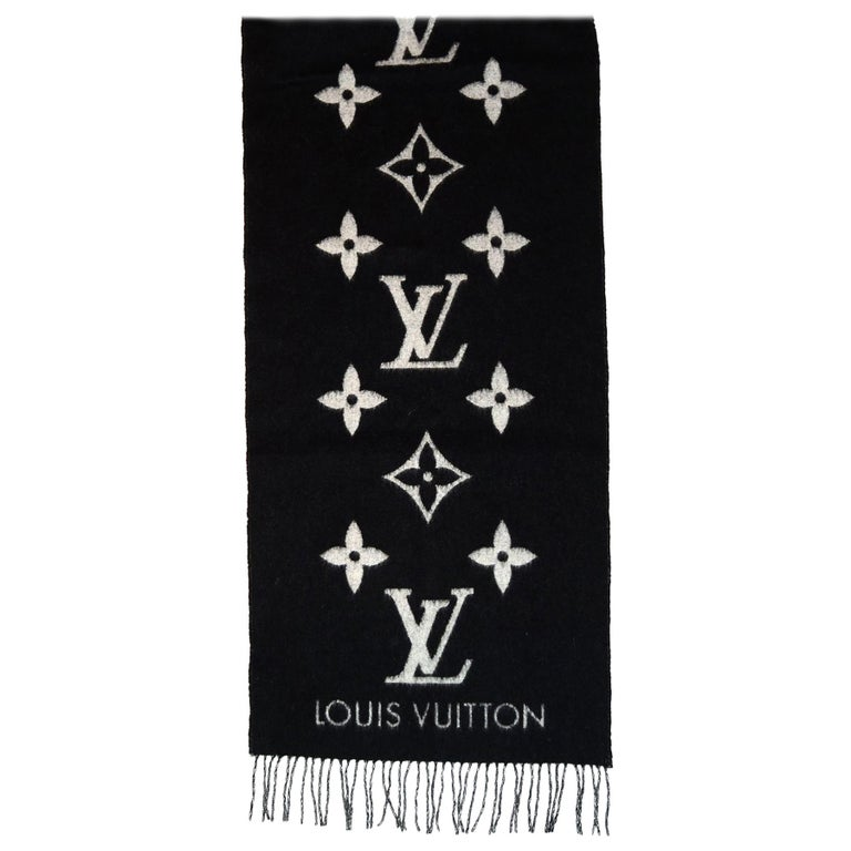 Louis Vuitton Black & Grey Cashmere Reykjavik Monogram Scarf For Sale
