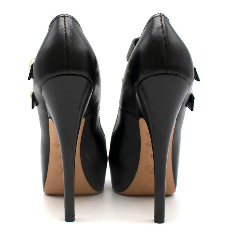Louis Vuitton Black Leather Platform Mary Jane Pumps SIZE 37.5 In Excellent Condition In London, GB