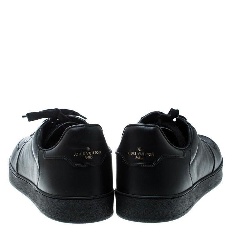 Louis Vuitton Black Leather Rivoli Sneakers Size 43 In New Condition In Dubai, Al Qouz 2