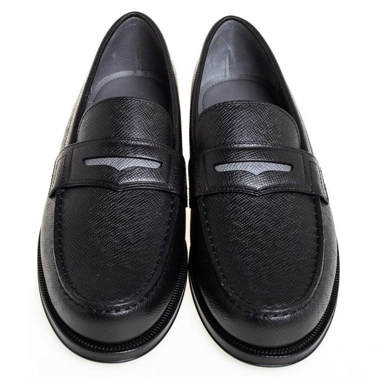 Louis Vuitton Black Leather Sorbonne Slip On Loafers Size 41 In New Condition For Sale In Dubai, Al Qouz 2