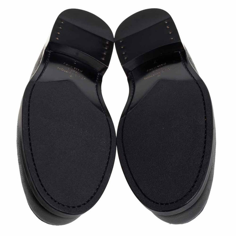 Louis Vuitton Black Leather Sorbonne Slip On Loafers Size 41 For Sale 3