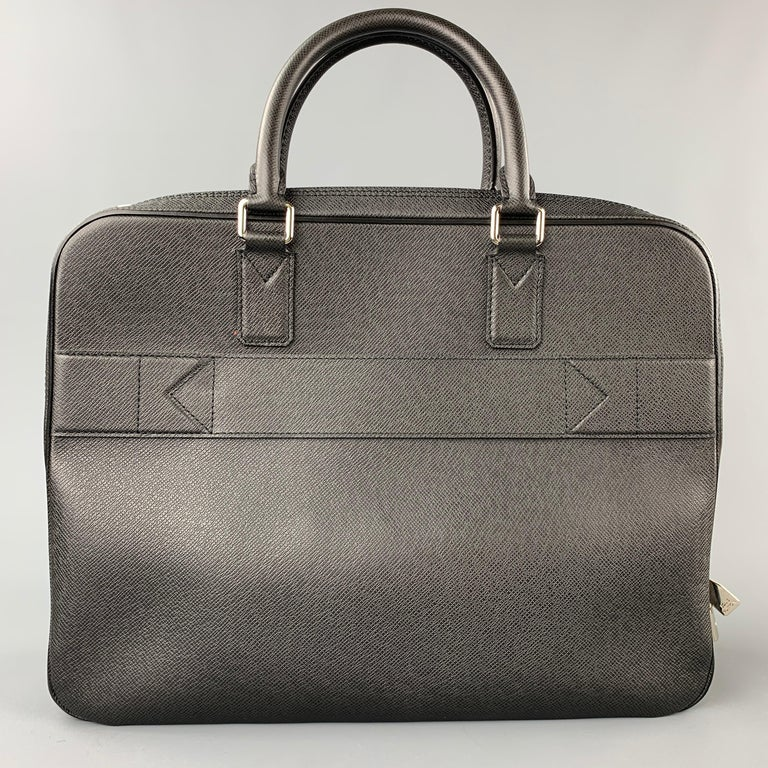 LOUIS VUITTON Black Leather Taiga Porte Documents Briefcase For Sale 1