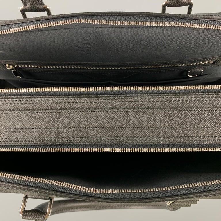 LOUIS VUITTON Black Leather Taiga Porte Documents Briefcase For Sale 3