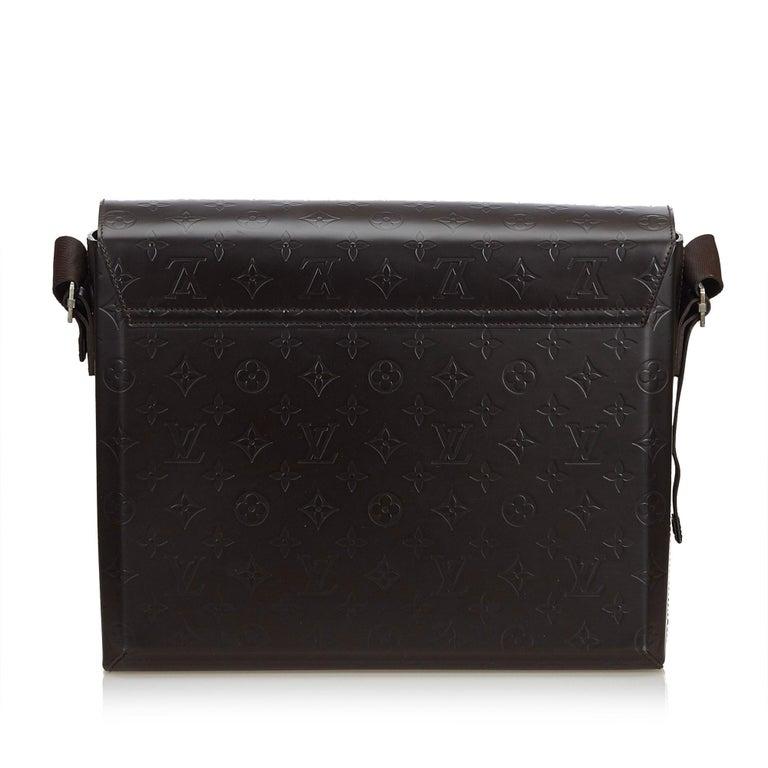 Louis Vuitton Black Monogram Glace Fonzie In Good Condition For Sale In Orlando, FL