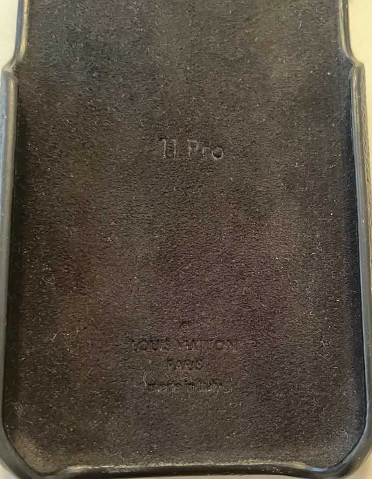 Louis Vuitton Black/ Monogram iPhone 11 Pro Bumper Case rt. $450 4