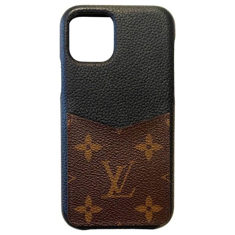 Louis Vuitton Black/ Monogram iPhone 11 Pro Bumper Case rt. $450