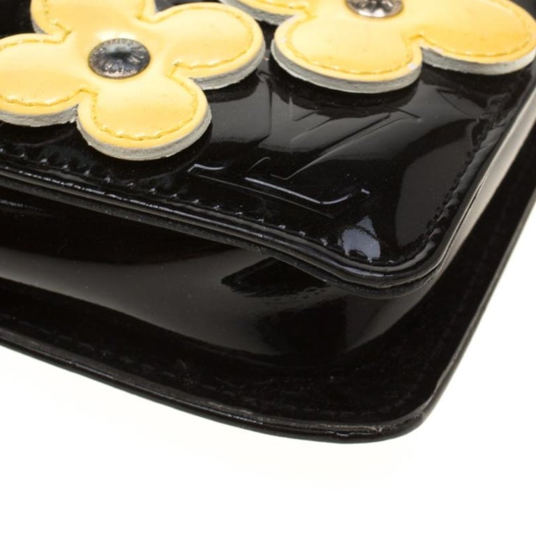 Louis Vuitton Black Monogram Vernis Lexington Fleurs Accessories Pochette Bag For Sale 6