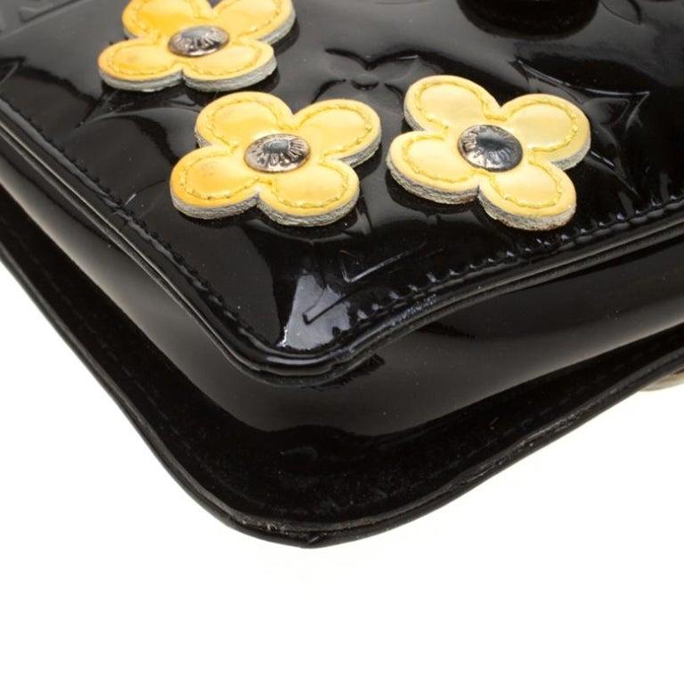 Louis Vuitton Black Monogram Vernis Lexington Fleurs Accessories Pochette Bag For Sale 5