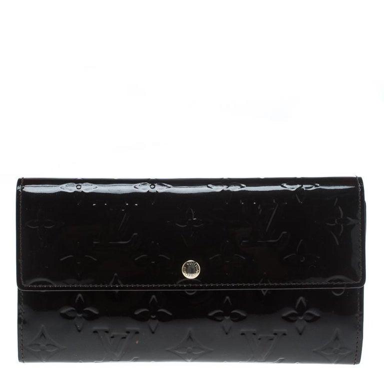 e17bda8e9462 Louis Vuitton Black Monogram Vernis Sarah Continental Wallet For Sale