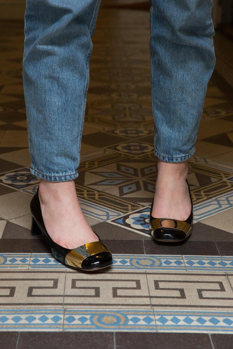 Louis Vuitton Black Patent Leather Logo Pumps Shoes In Excellent Condition For Sale In Paris, FR