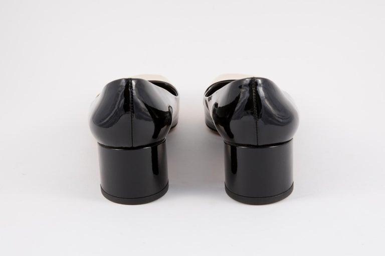 Louis Vuitton Black Patent Leather Logo Pumps Shoes For Sale 1