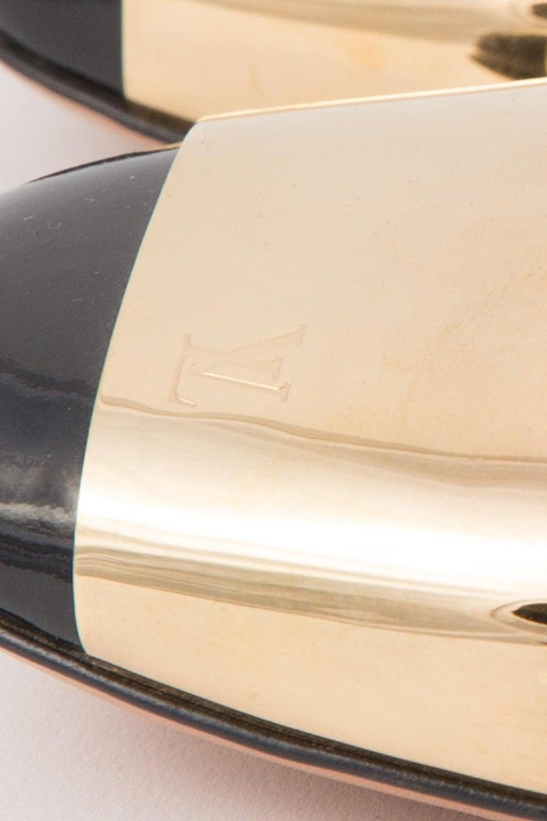 Louis Vuitton Black Patent Leather Logo Pumps Shoes For Sale 3