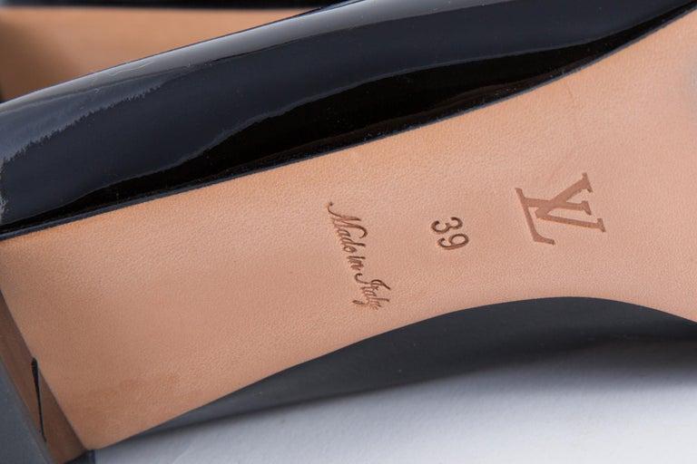 Louis Vuitton Black Patent Leather Slingback Pumps Shoes For Sale 8